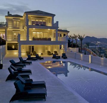 Marcaser - casa y piscina