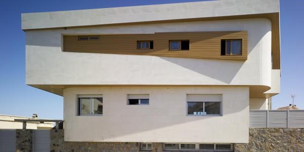 Marcaser - Fachada de Chalet en Cabo Palos de dos pisos