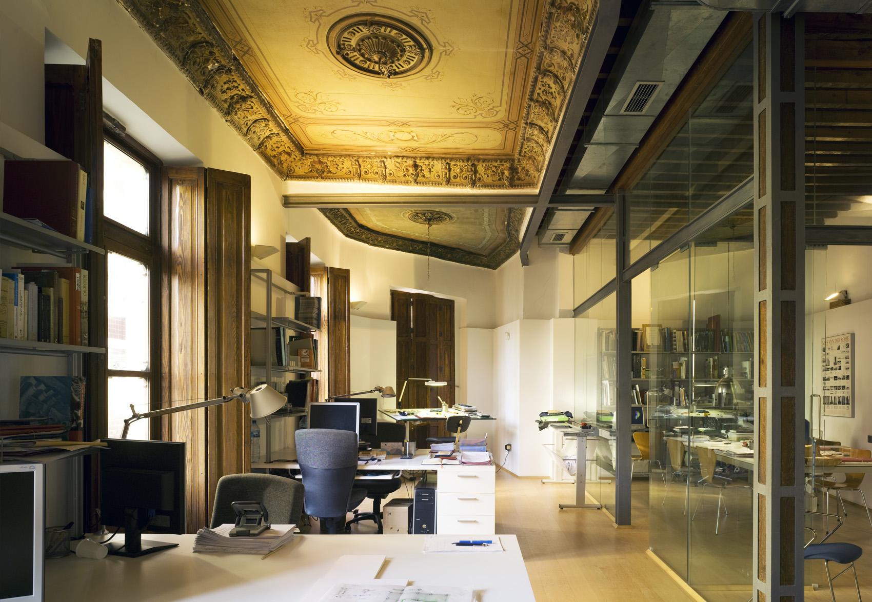 Estudio De Arquitectura Marcaser