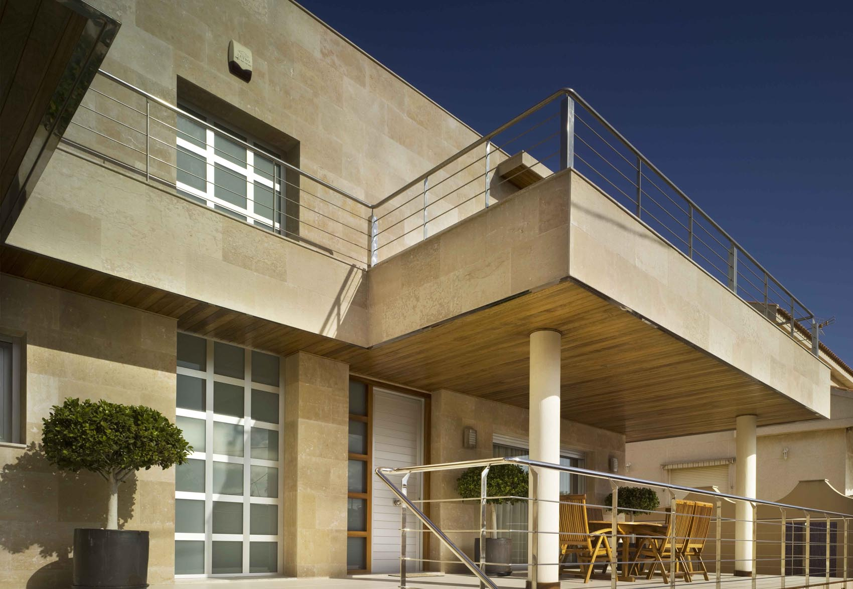 Marcaser - fachada de terraza de chalet