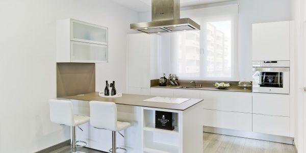 Marcaser - reforma de cocina en centro de belleza