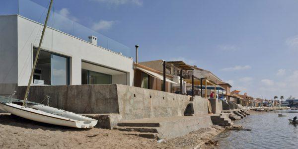 Marcaser - vivienda en construcción frente a la playa