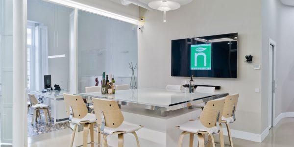 Marcaser - oficina de reuniones decorada